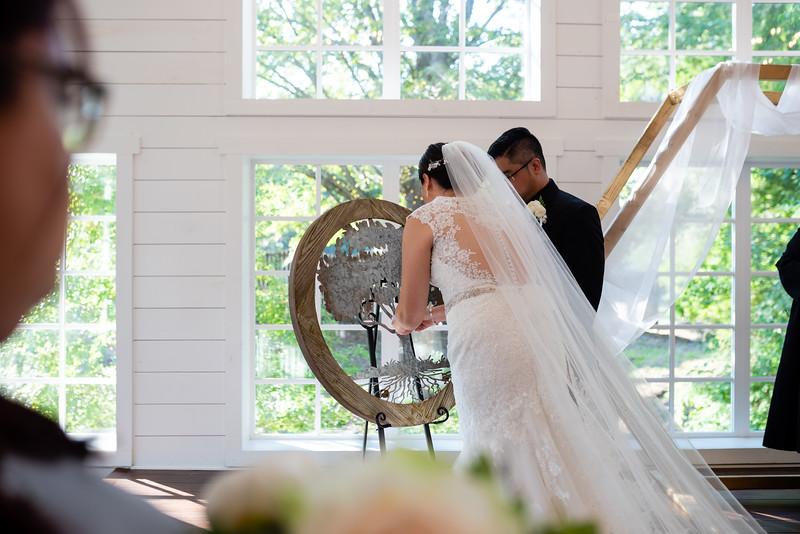 Kaitlin_and_Linden_Wedding_Ceremony-131.jpg