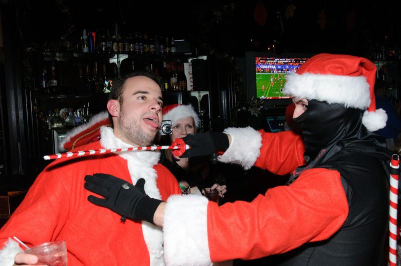 2009 ALS Santa Crawl-168.jpg