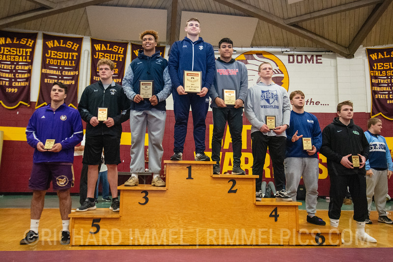220: 1st Place - Braxton Amos of Parkersburg South; 2nd Place - Ethan Hatcher of Brecksville; 3rd Place - Kyonte Hamilton of Georgetown Prep School; 4th Place - Kolby Franklin of Wyoming Seminary; 5th Place - Grady Griess of Northwest HS; 6th Place - Noah Pettigrew of Blair Academy; 7th Place - Lazar Gasic of North Royalton; 8th Place - Riley Ucker of Dublin Coffman