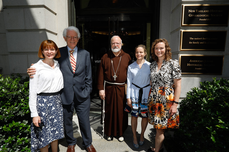 18.Peter Lynch, daughters and Cardinal O'Malley at opening