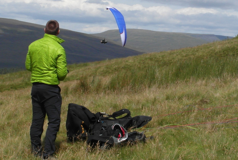 Alex attempting to land watched by Jim Bittlestone.