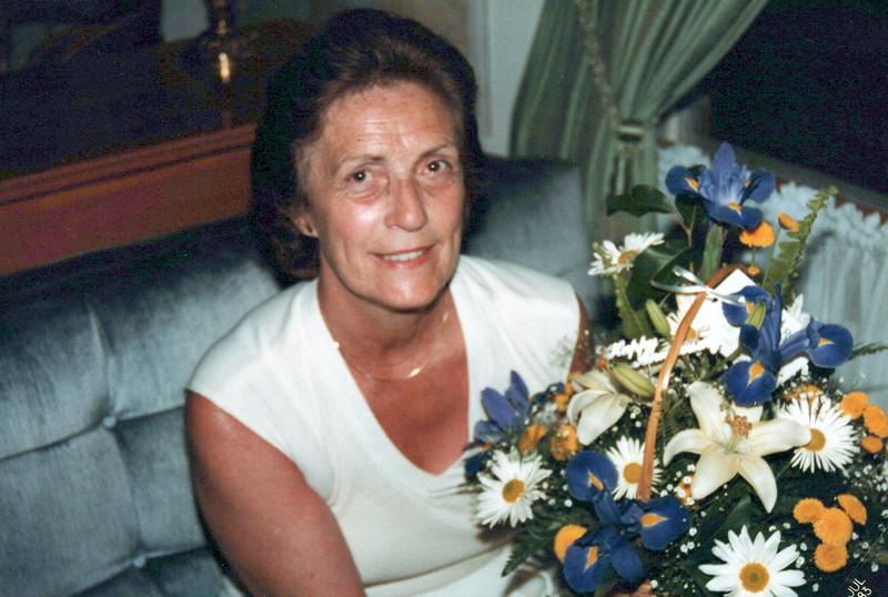 1983 Vivian Mudge.jpeg