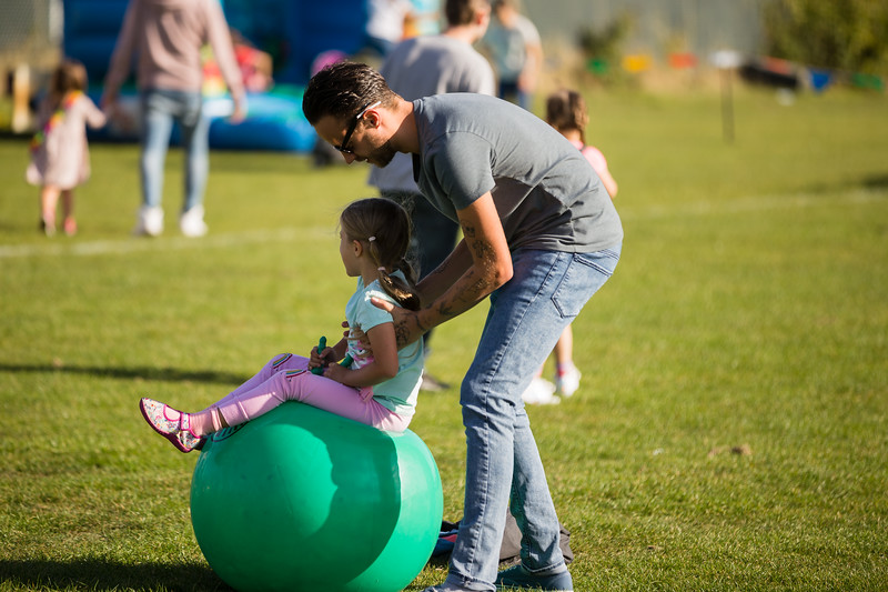 bensavellphotography_lloyds_clinical_homecare_family_fun_day_event_photography (379 of 405).jpg