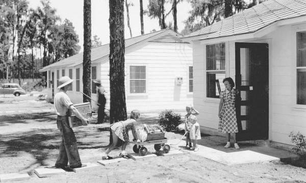 Brentwood Park1-1941.jpg