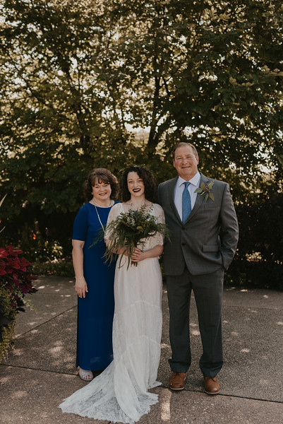 Bride Family Portraits-12.jpg