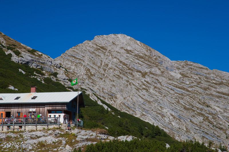 Hesshütte, dahinter die Planspitze