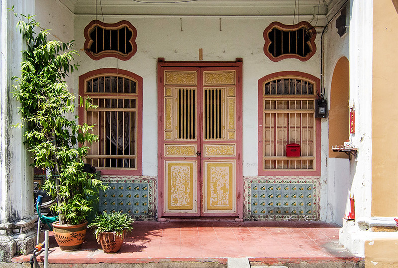 03 Typical shophouse door.jpg