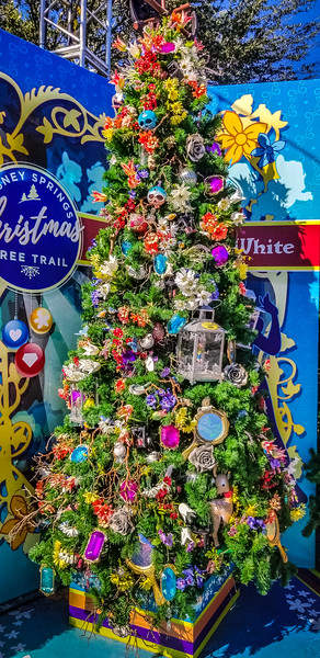 Christmas Tree Trail at Disney Springs, I must go see this at night!
