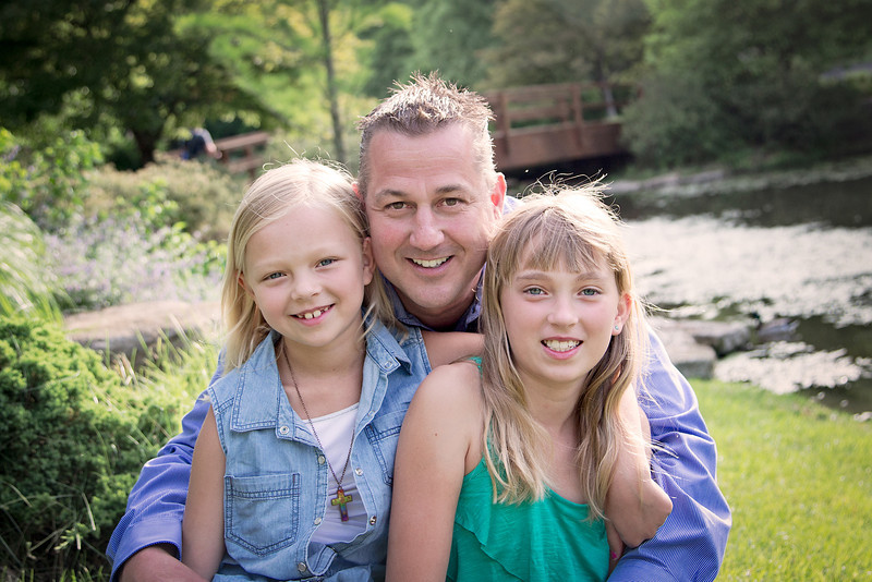 Dad and Girls Close (1 of 1).jpg