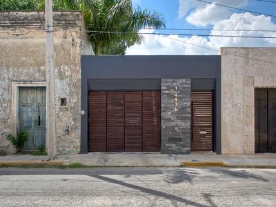 Santiago Modern