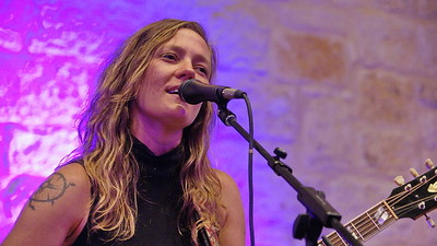 Riverbend Unplugged - Kelley Mickwee