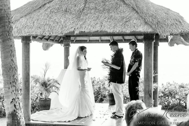 121__Hawaii_Destination_Wedding_Photographer_Ranae_Keane_www.EmotionGalleries.com__140705.jpg