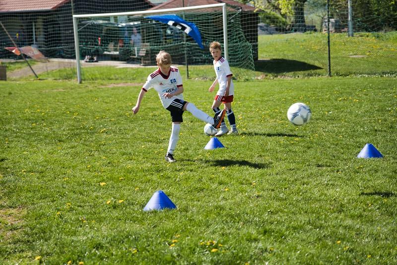 hsv-fussballschule---wochendendcamp-hannm-am-22-und-23042019-y-49_32787650777_o.jpg