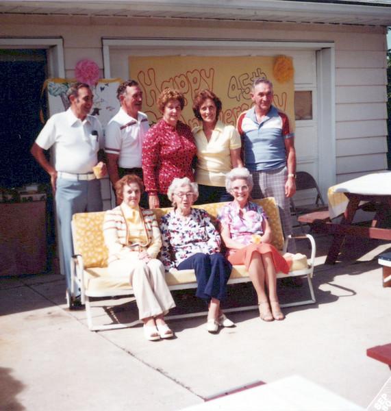 1980 Hollis, Clyne, Nelda, Viv and Hector, Guyla, Nellie and Helen.jpeg