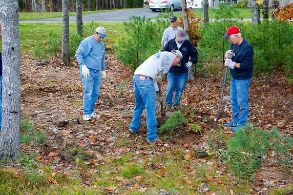 Windward Pointe Cul-de-sac Cleanup - October 14, 2014