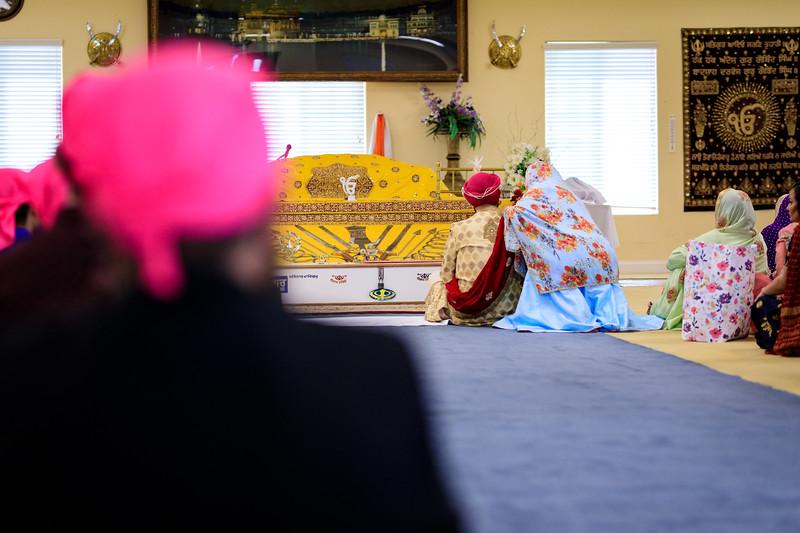 Neelam_and_Matt_Gurdwara_Wedding-1323.jpg