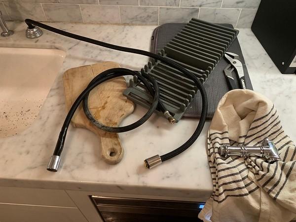 2019.09.10 Home - sink faucet repair