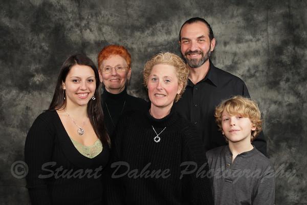 12-25-2009 The Schnitzer Clan