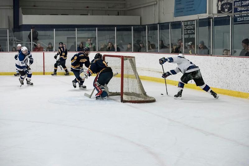 Wildcats Hockey 2-4-17_1659.jpg