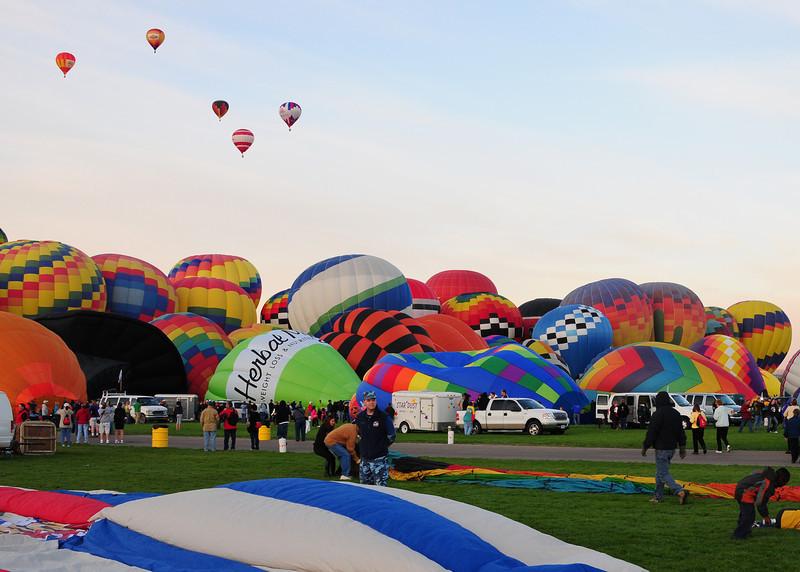 NEA_5529-7x5-Balloons.jpg
