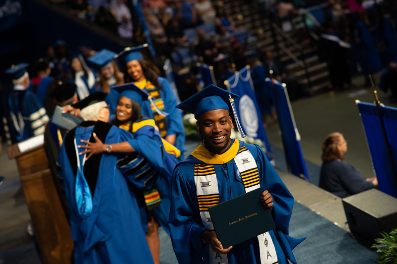 May 12, 2018 commencement -1064.jpg