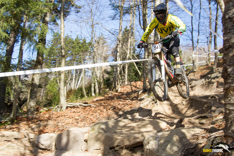 2015-mtb-collegiate-national-dh-seeding-15.jpg