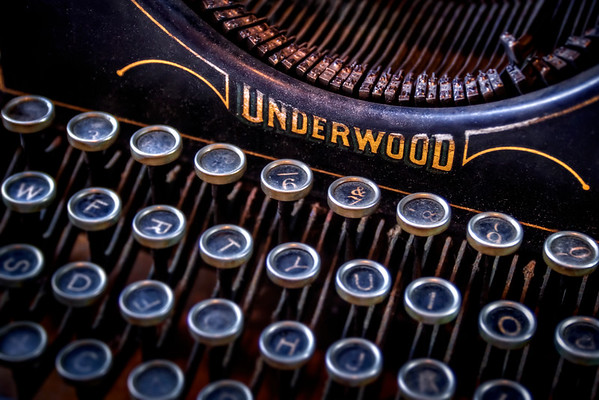 Underwood - Vintage Typewriter 2 - $2