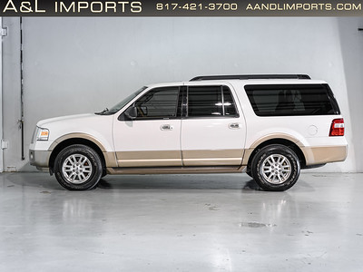 White Ford Expedition -  1FMJK1H59DEF43775
