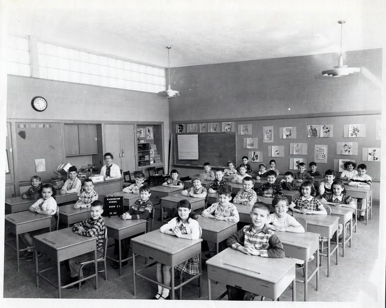 1957 Class photo.jpeg