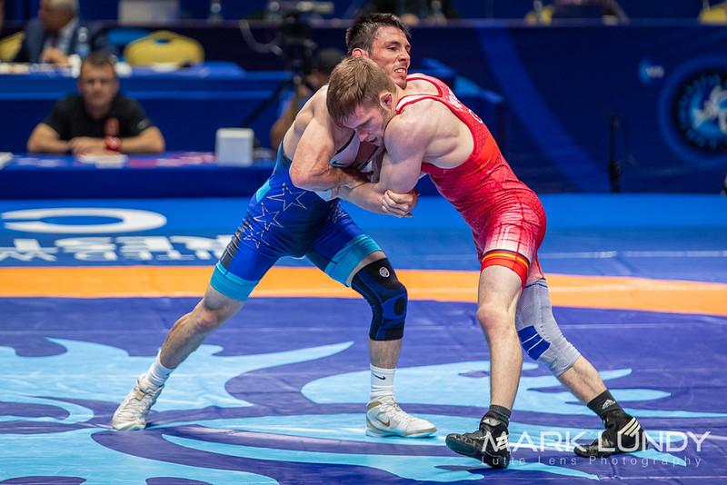 Champ. Round 2: Ildar Hafizov (United States) over Etienne Kinsinger (Germany)  •  Dec 6-1 - 2019 World Championships