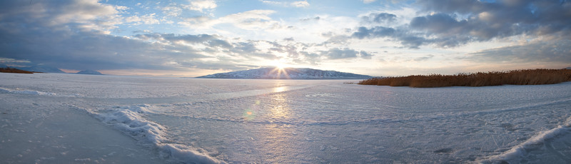 pano-utah-lake-on-the-ice_4493270609_o.jpg