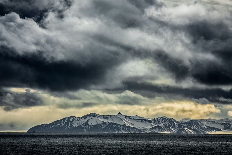 Majestic clouds over Arctic Mountains-11.jpg
