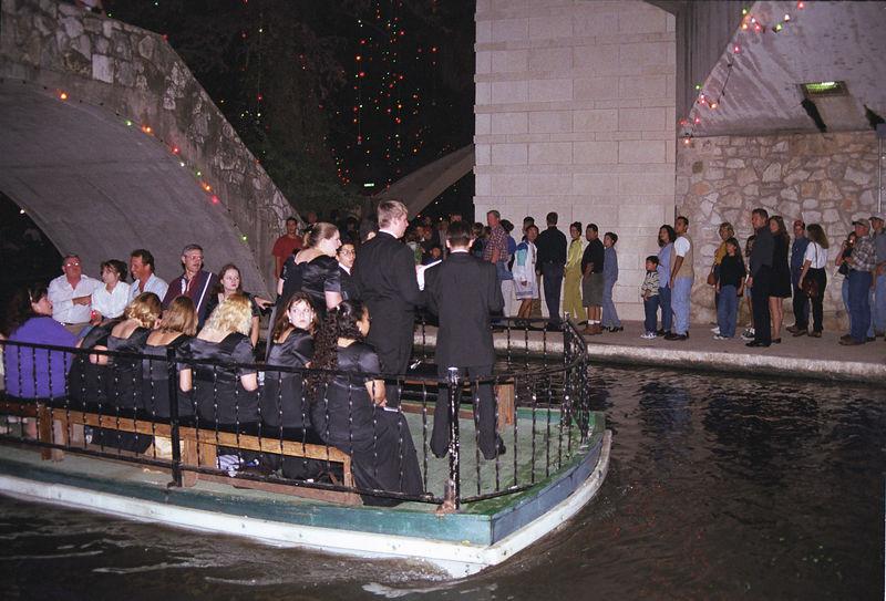 1998 11 28 - Riverwalk 05.jpg