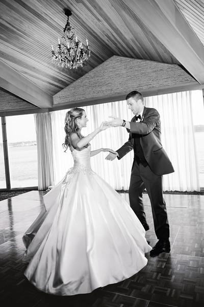 edgewater-hotel-seattle-waterfront-wedding-carol-harrold-photography-21.jpg