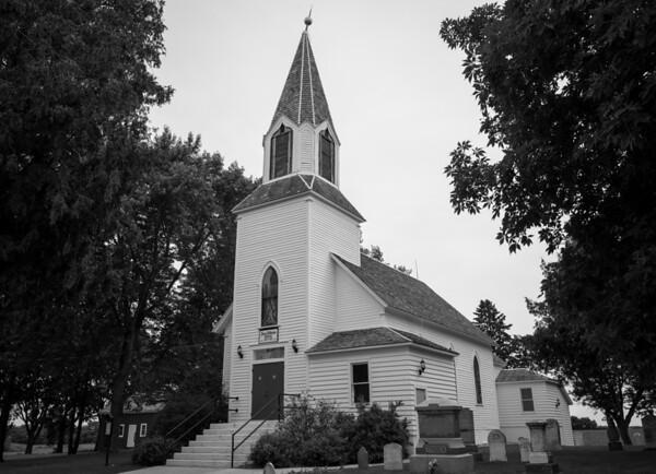 2013-06-24-Old-Church-B-n-W