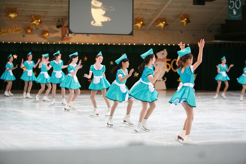 skating  570.jpg
