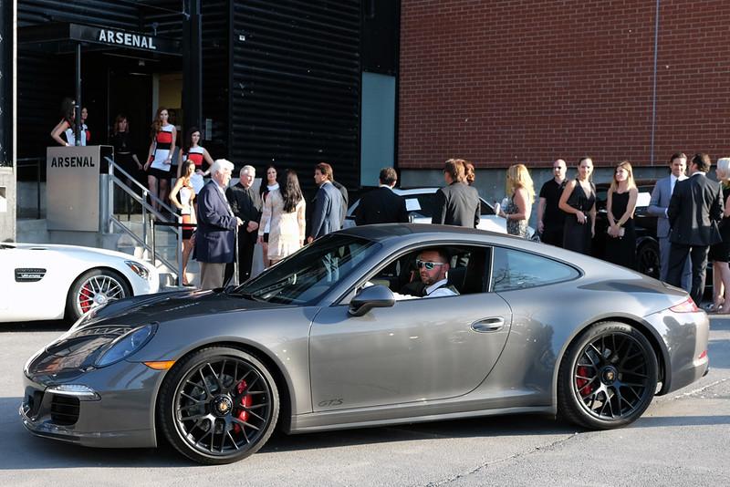Porsche 911 GTS.jpg