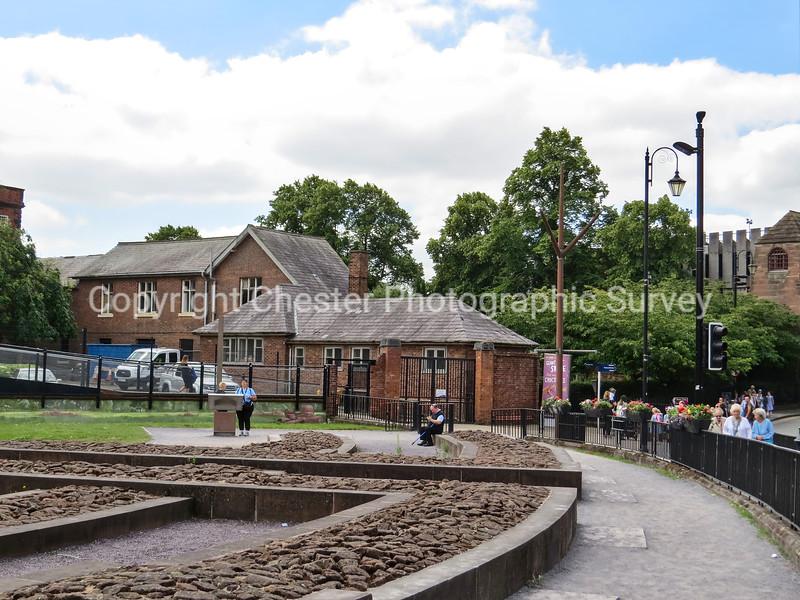 Dee House and Amphitheatre: Little St John Street