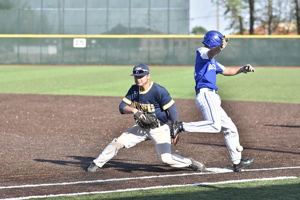 05-15-17 Sports Toledo Whitmer @ DHS BB