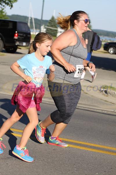 2 Mile Finish - 2016 BOYNE INDEPENDENCE DAY RUN