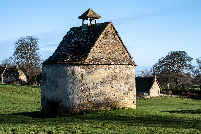 Little Badminton dovecote