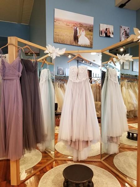 20171202 Wedding Dress Shopping