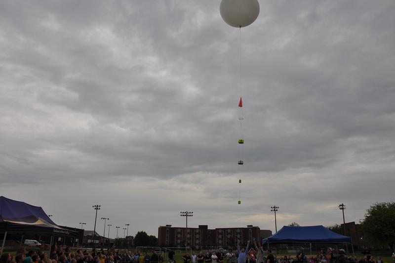 160509 VU Weather Balloon Launch (31).JPG