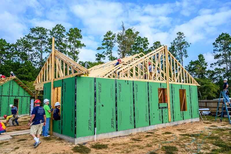 Don Rueter - Habitat Truss Raising-22.jpg