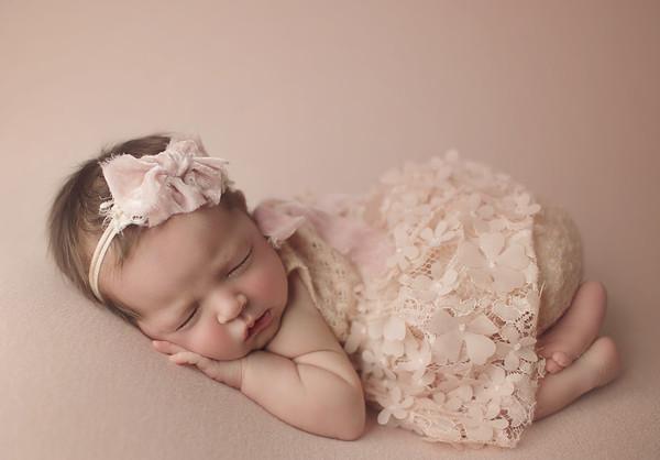 annistyn joy newborn