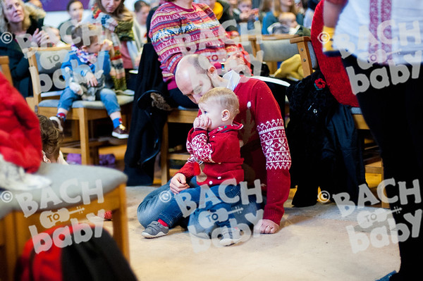 ©Bach to Baby 2018_Laura Woodrow_Epsom_2018-12-14_ 5.jpg