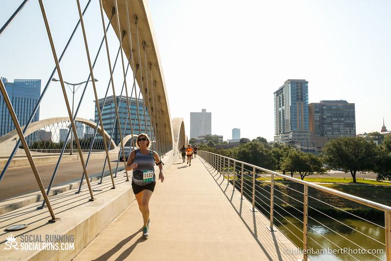 Fort Worth-Social Running_917-0391.jpg