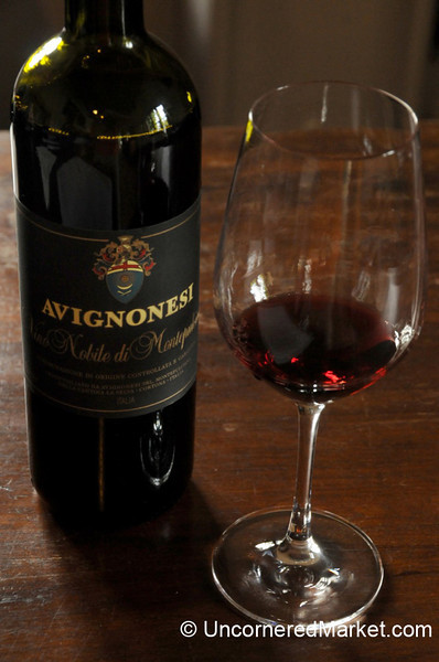 Winetasting at Avignonese Winery - Montepulciano, Italy