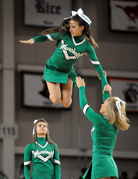 cheerleaders9661.jpg