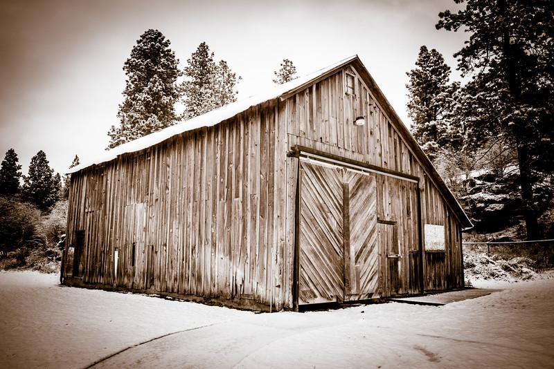 Rocky Hill Barn